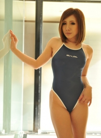 nonsummerjack_white_striping_swimsuit_04
