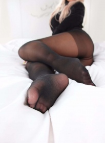 nonsummerjack-black-pantyhose-016