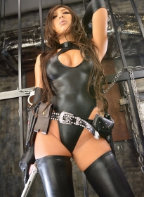 Saeka_Sexy_Latex_02