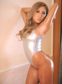 white-glassy-swimwear-052